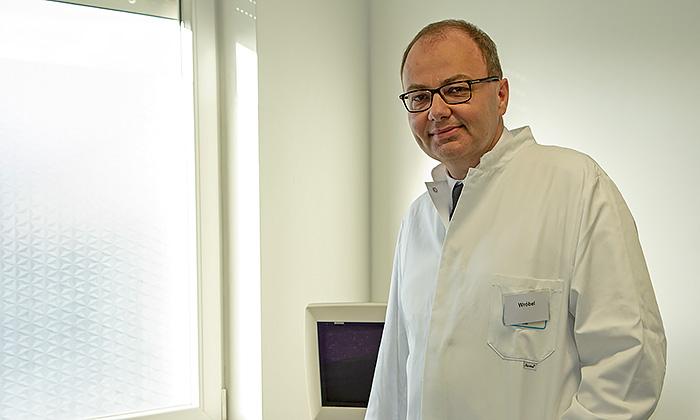 Piotr Wróbel. Facharzt für Innere Medizin, Gastroenterologe